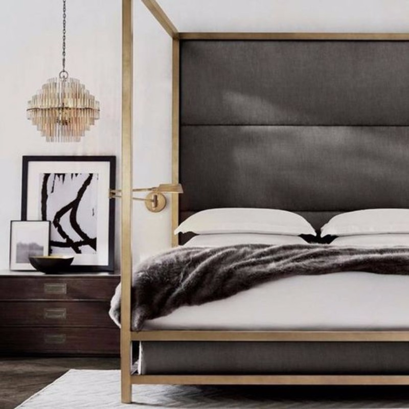 master bedroom 10 Master Bedroom trends for the Upcoming Winter 2017 Gorgeous golden details in contemporary master bedroom