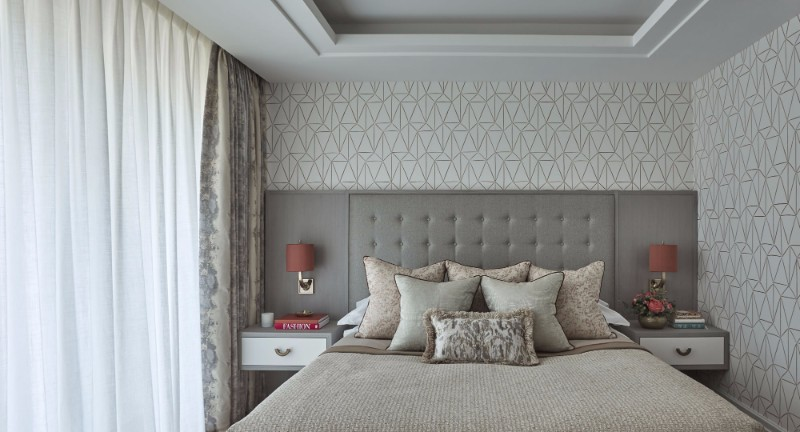 bedroom design Bedroom Designs By Top Interior Designers: Helen Green beautiful wallpaper and charming bedroom by helen green