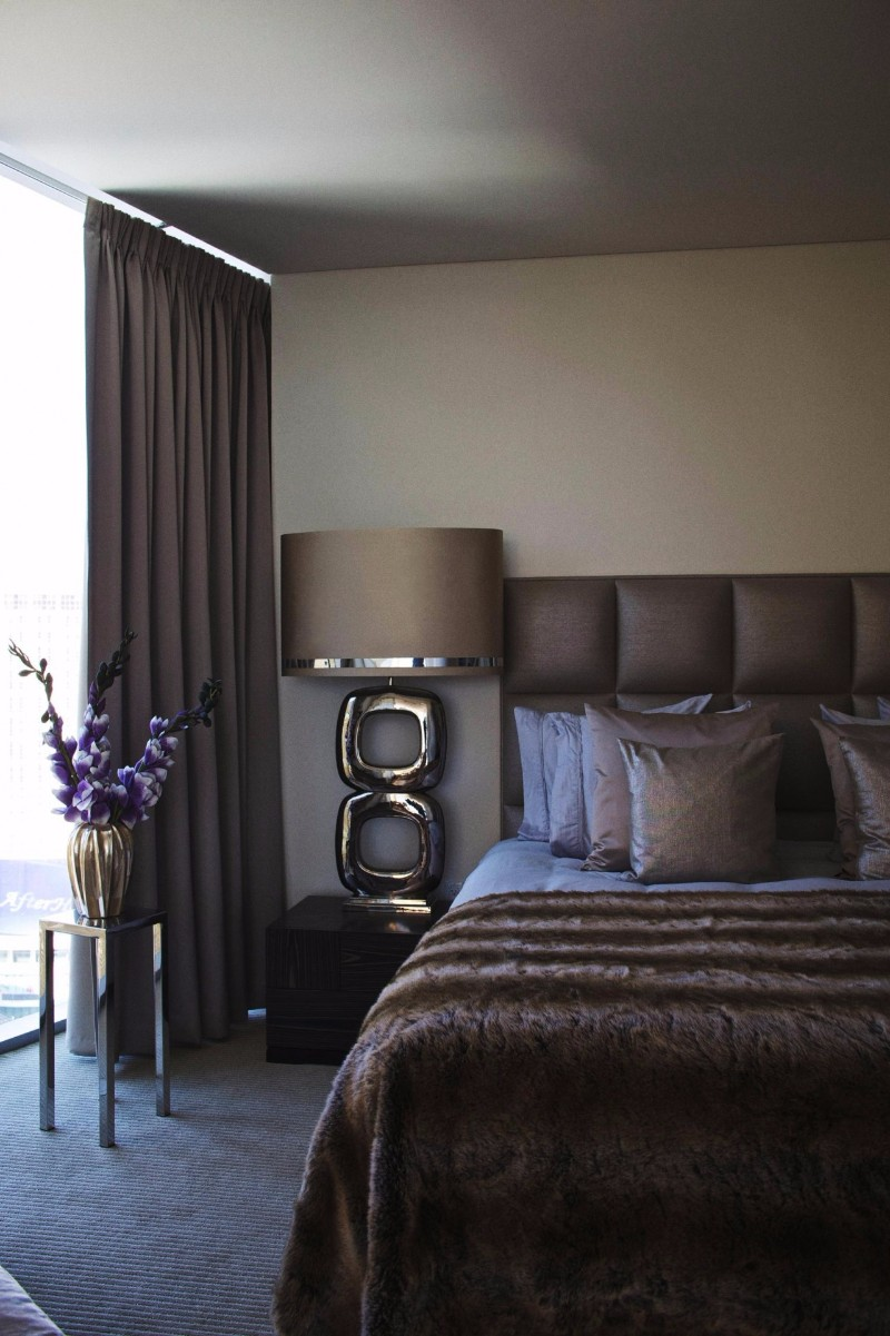bedroom design Bedroom designs by Top Interior Designers: Eric Kuster dark bedroom design by eric kuster