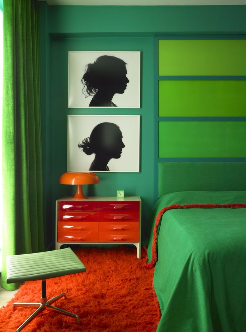 master bedroom 12 Sensational Eclectic Style Master Bedroom Designs doug meyer studio green bedroom design mid century furniture touch of red