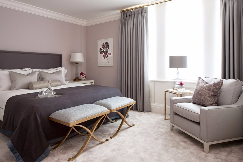 bedroom design Bedroom Designs by Top Interior Designers: Katharine Pooley 04 Mayfair Townhouse