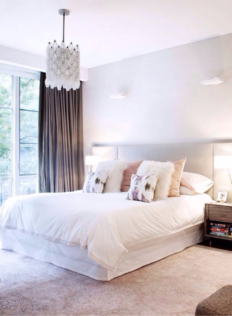 Pinterest s 10 most charming white bedroom designs for Bedroom designs white