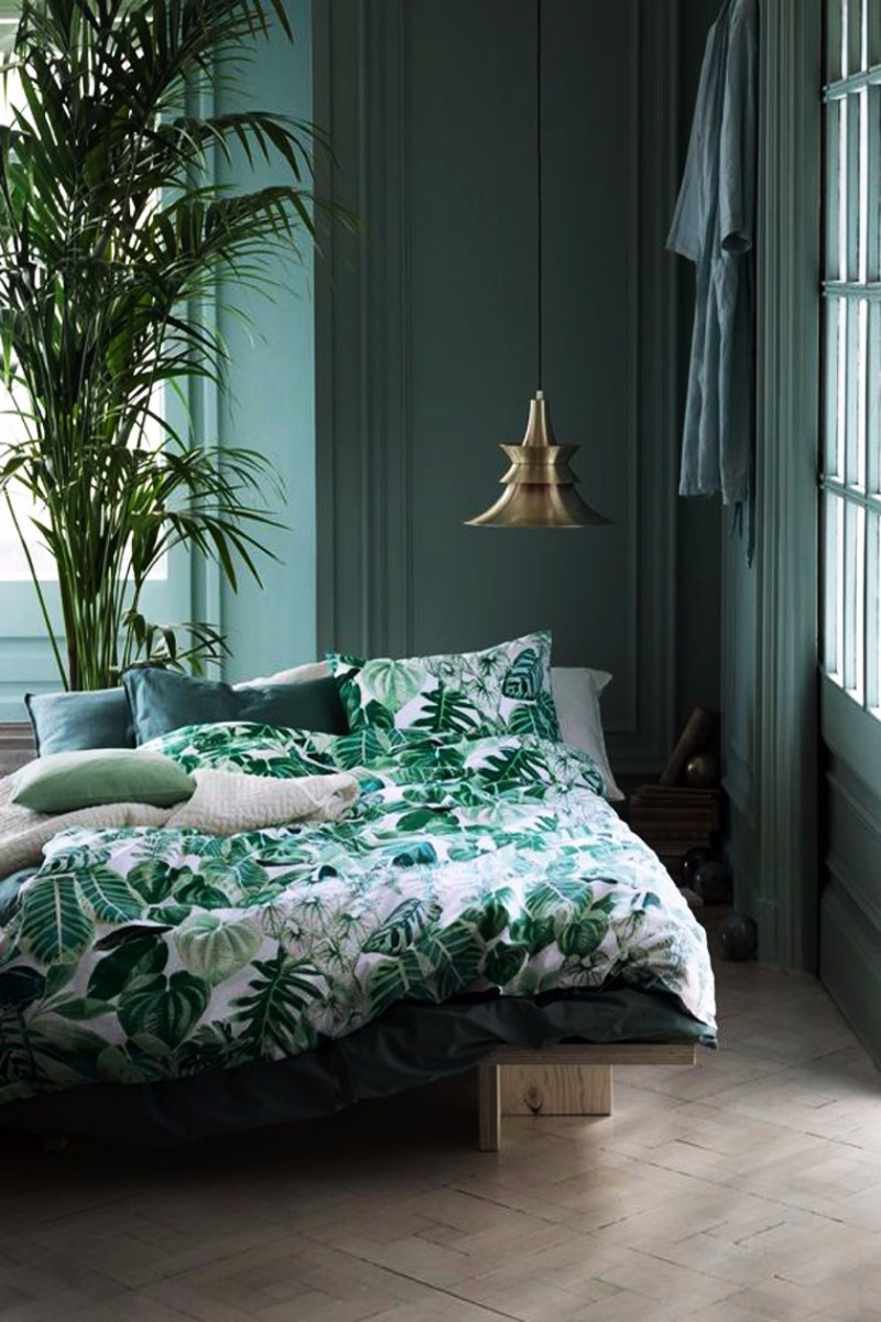 green bedroom 10 Exuberant Green Bedroom Designs beautiful green bedroom master bedroom design ideas bedroom inspiration design