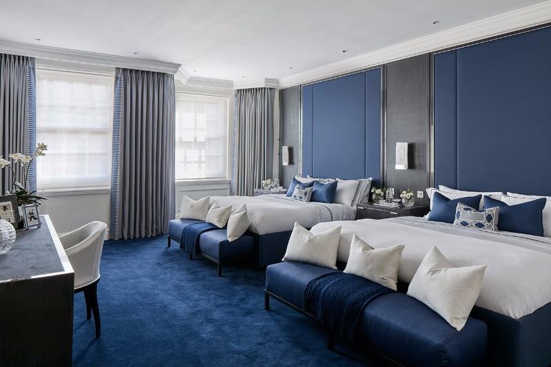 bedroom design Bedroom Designs by Top Interior Designers: Katharine Pooley katharine pooley bedroom mayfair residence master bedroom ideas