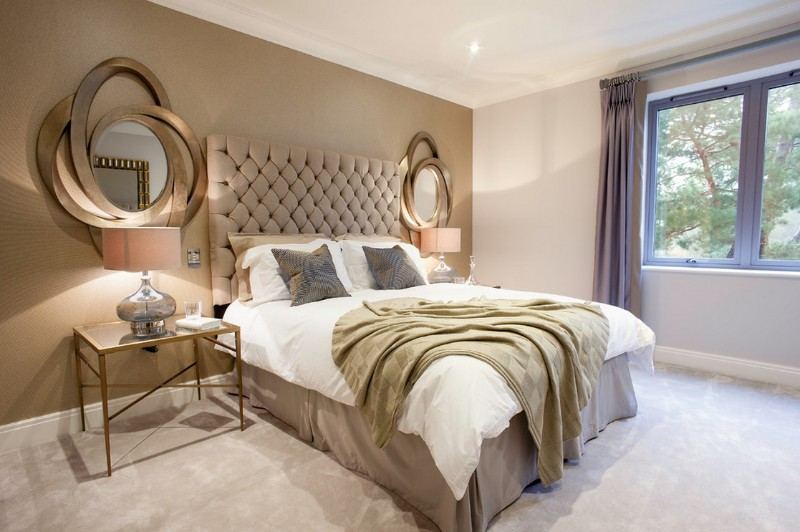 master bedroom 10 Master Bedrooms with Gold Accent Décor gilded bedroom ideas gold accents modern bedroom inspiration interior design