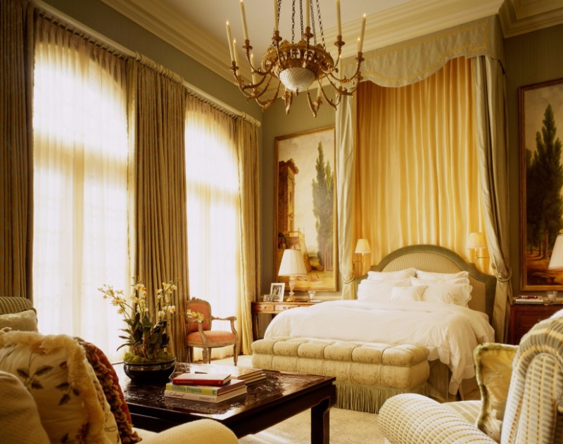 10 Master Bedrooms With Gold Accent Décor Master Bedroom Ideas