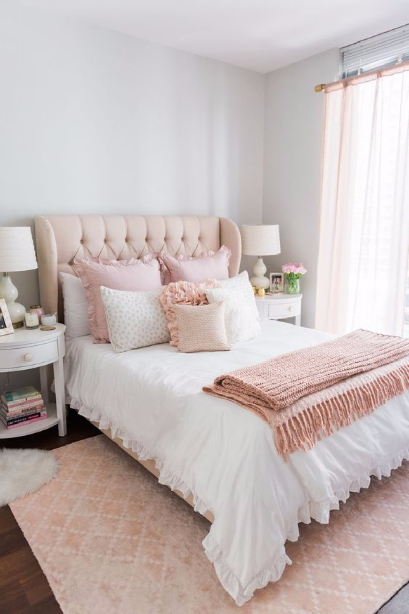 bedroom inspiration Bedroom Inspiration: 10 Charming Bedrooms in Millennial Pink millennial pink bedroom design master bedroom ideas interior design modern bedroom