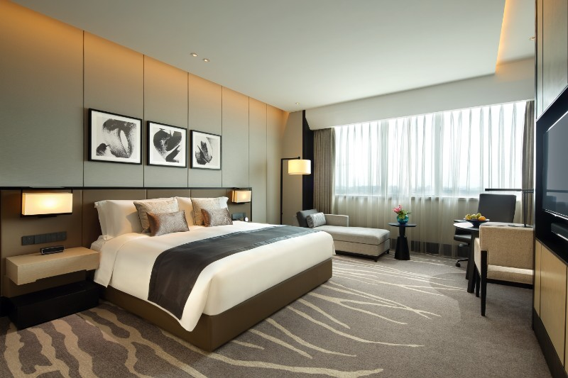 hotel room design 10 Hotel Room Designs by Hirsch Bedner Associates intercontinental shangai by studio hba hotel room designs modern master bedroom ideas