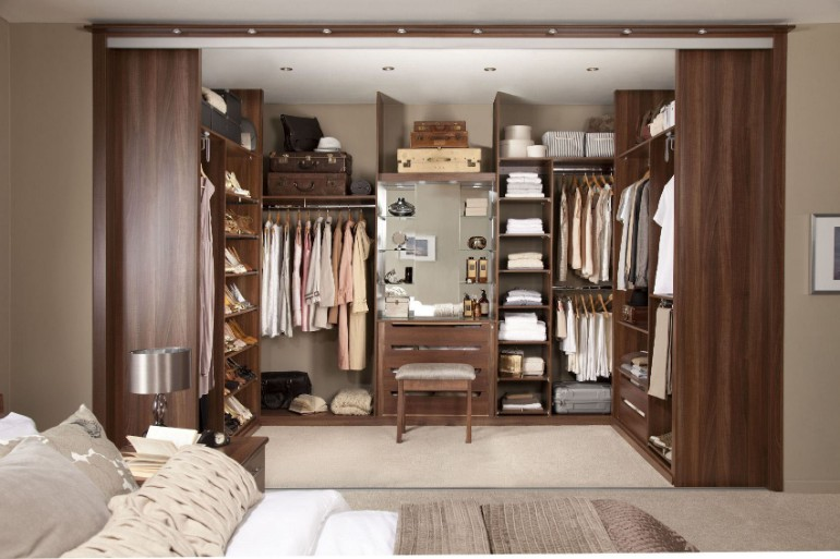 closets Stunning Closets For Modern Master Bedrooms 6