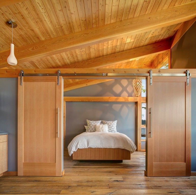 bedrooms 10 Splendid Bedrooms With Wooden Sliding Doors Discover the Ultimate Master Bedroom Styles and Inspirations7 3