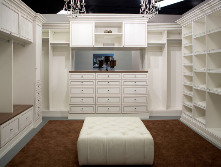 closets Stunning Closets For Modern Master Bedrooms Discover the Ultimate Master Bedroom Styles and Inspirations9 3