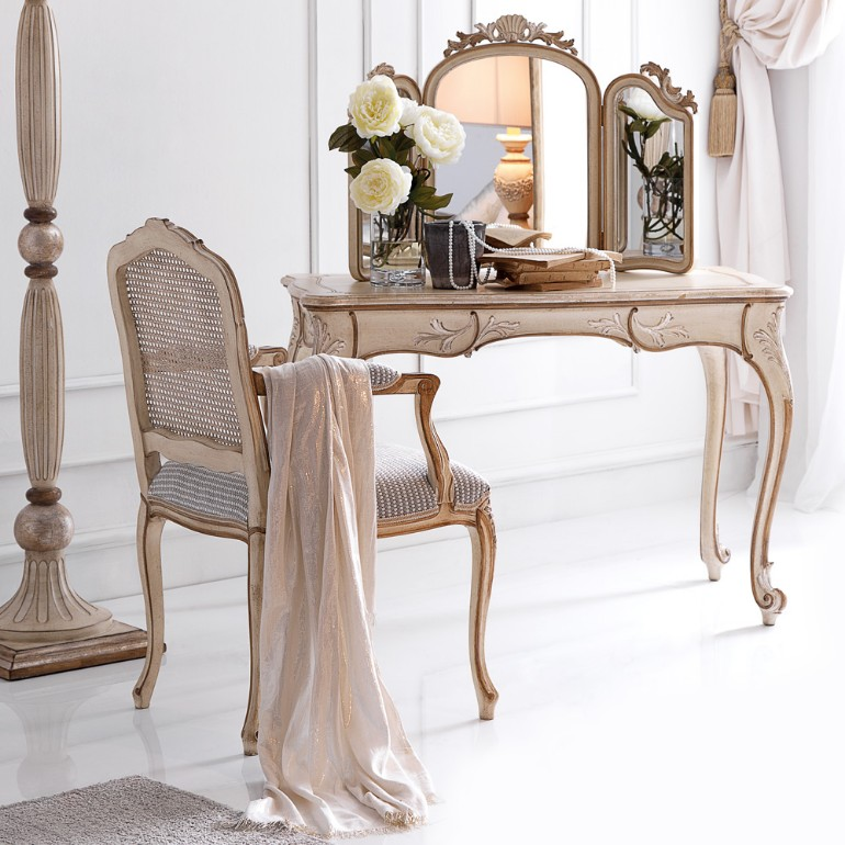 dressing tables dressing tables 10 Dressing Tables For Your Bedroom Furniture 10 Exclusive Bedside Tables for your Master Bedroom Decor7