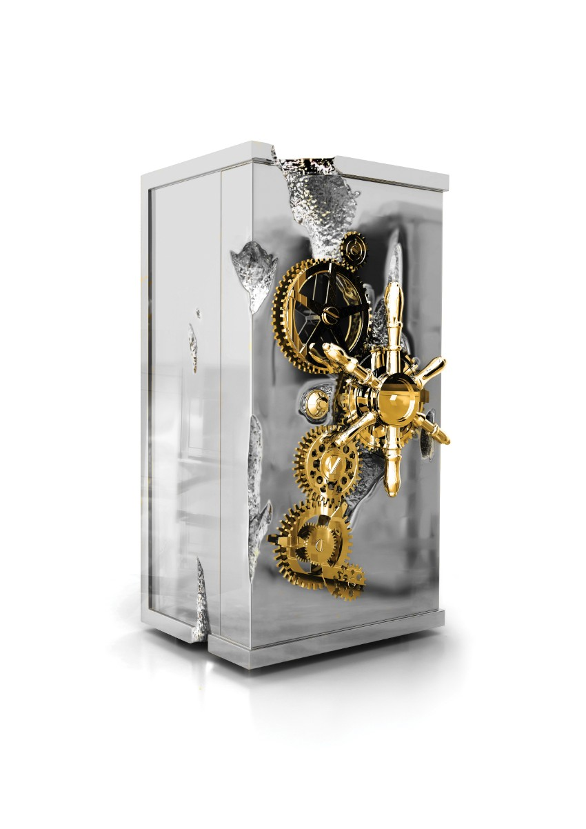 master bedroom Most Wanted Luxurious Safes For Your Master Bedroom millionaire silver1