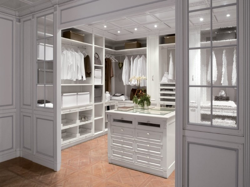 Walk-in Closets are a Must to any Master Bedroom walk-in closets Walk-in Closets are a Must to any Master Bedroom 1 Closets are a Must to any Master Bedroom