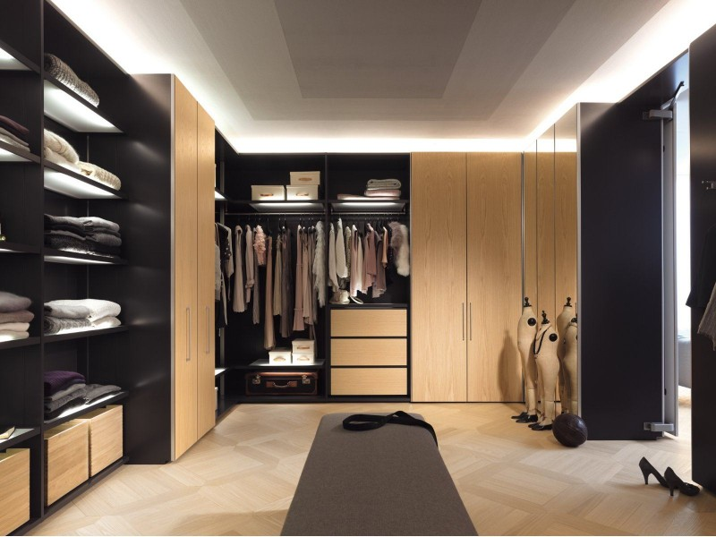 Walk-in Closets are a Must to any Master Bedroom walk-in closets Walk-in Closets are a Must to any Master Bedroom 3 Closets are a Must to any Master Bedroom