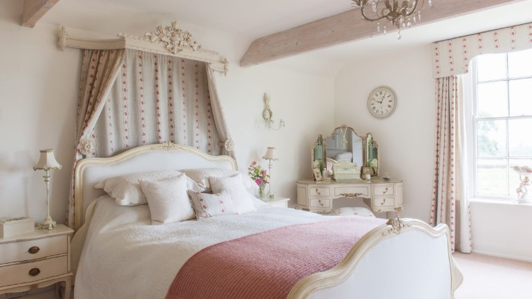 bedroom designs bedroom designs Parisian Bedroom Designs To Draw Your Inspiration Discover the Ultimate Master Bedroom Styles and Inspirations1