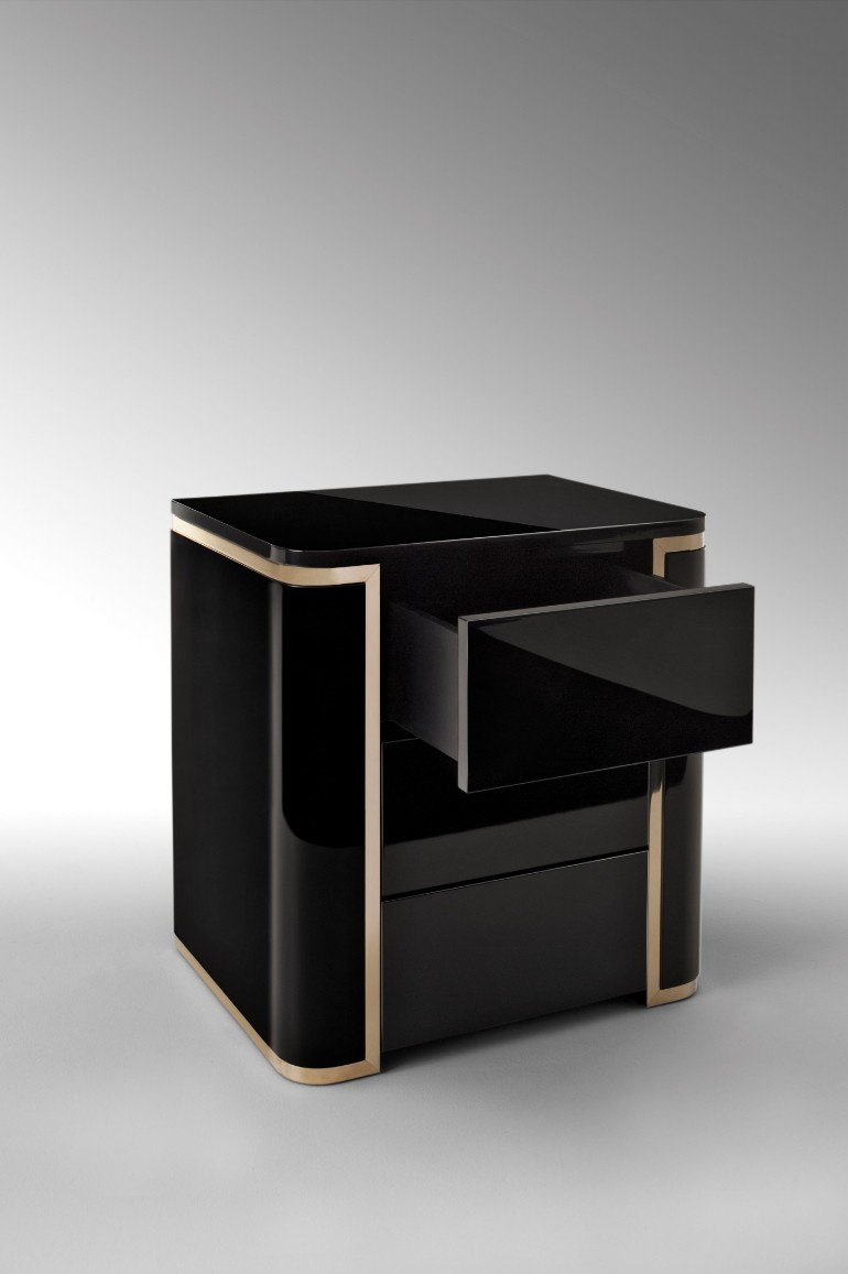 bedside tables Luxurious Bedside Tables For Your Modern Bedroom Luxurious bedside tables for your modern bedroom6