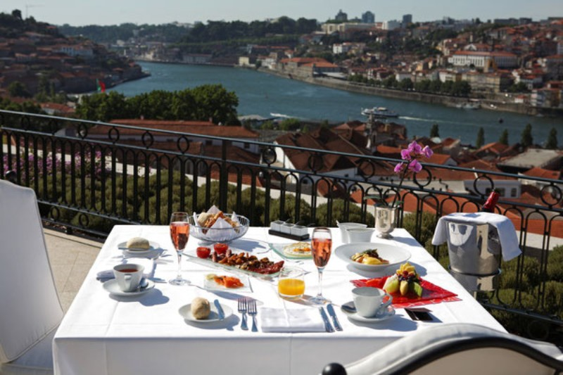 Luxury Lifestyle: The Best Hotel Suites Around Europe Luxury Lifestyle Luxury Lifestyle: The Best Hotel Suites Around Europe 4 The Yeatman Porto