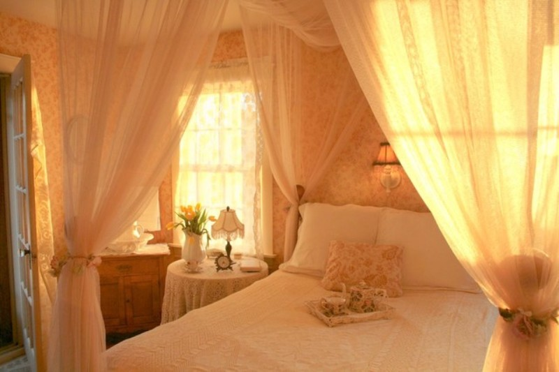 decor tips Decor Tips for a Romantic Master Bedroom Design 8 Decor Tips for a Romantic Master Bedroom Design