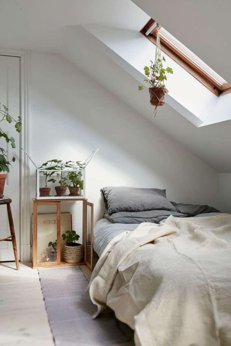 Attic Bedroom Ideas That Will Make You Want To Go Upstairs attic bedroom ideas Attic Bedroom Ideas That Will Make You Want To Go Upstairs 1 Attic Bedroom Ideas That Will Make You Want To Go Upstairs