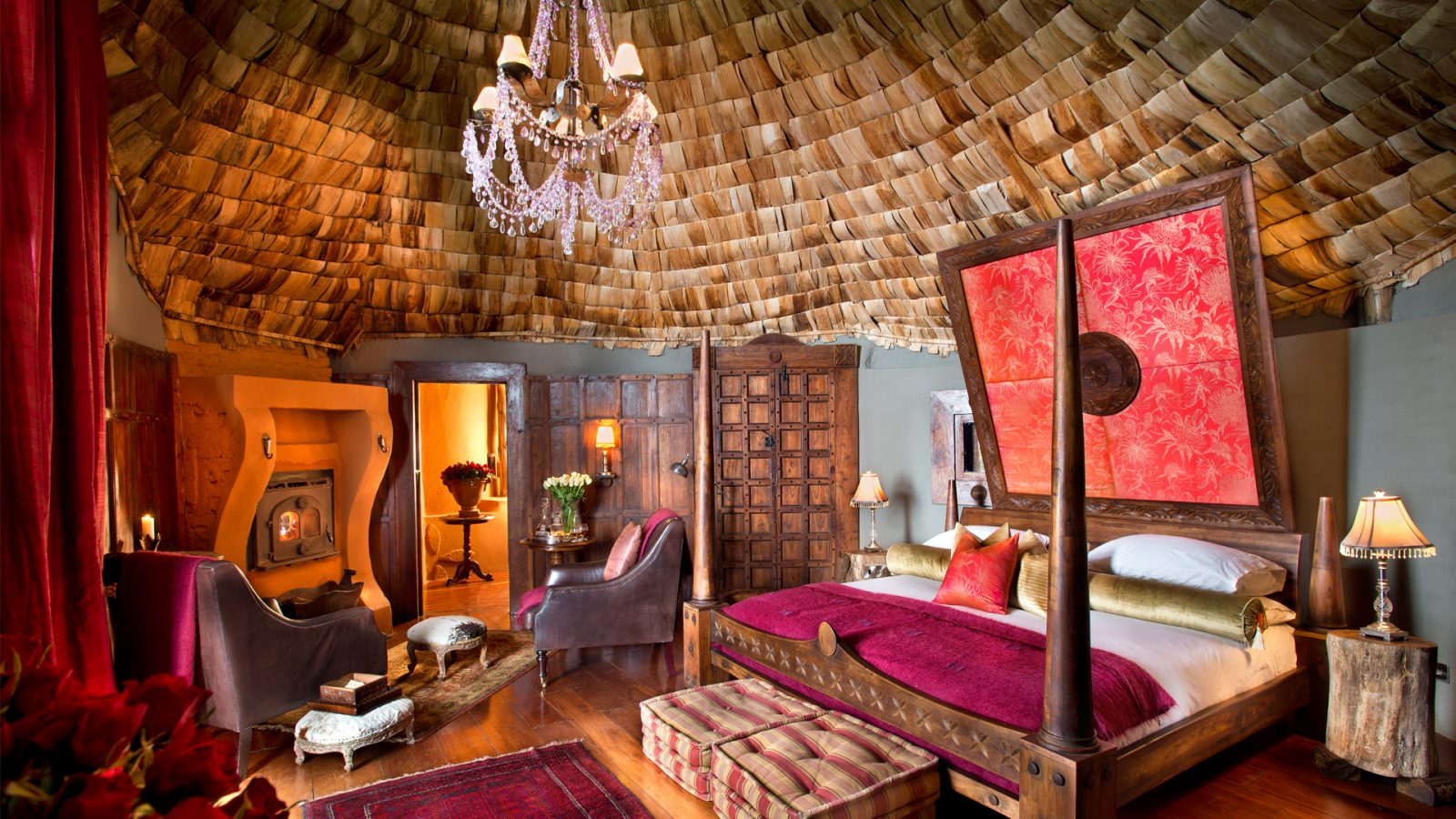 luxury lifestyle Luxury Lifestyle:  The Most Luxurious Hotel Rooms in Africa 5 NGORONGORO CRATER LODGE     TANZANIA