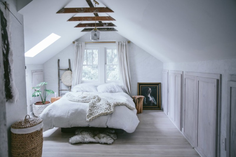 attic bedroom ideas Attic Bedroom Ideas That Will Make You Want To Go Upstairs 8 Attic Bedroom Ideas That Will Make You Want To Go Upstairs