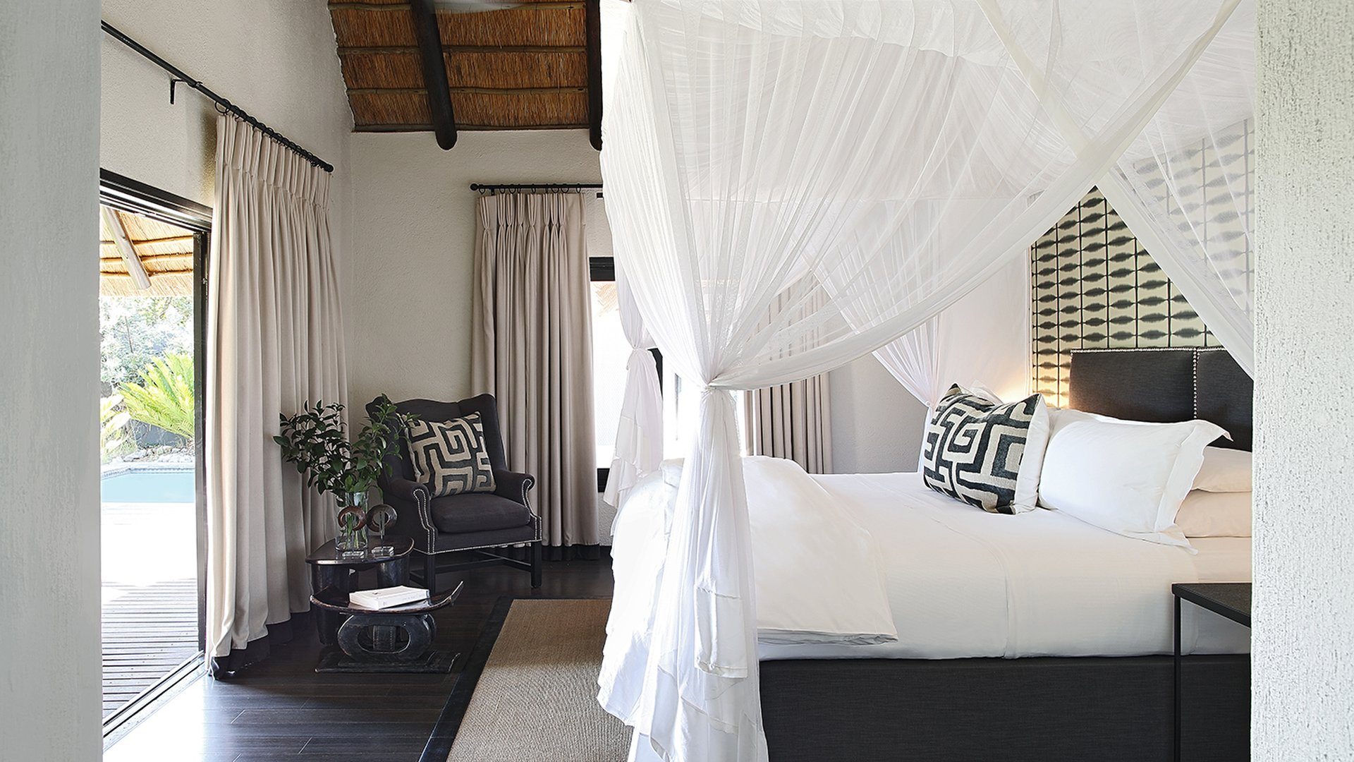 luxury lifestyle Luxury Lifestyle:  The Most Luxurious Hotel Rooms in Africa 9 GRANITE SUITES SABI SANDS GAME RESERVE SOUTH AFRICA