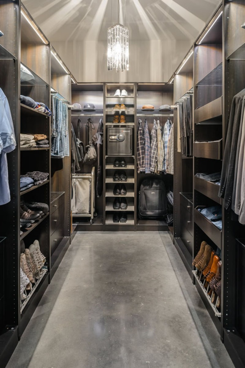 closets design ideas 10 Closets Design Ideas for Men with a Luxury Lifestyle 10 Closets Design Ideas For Men With a Luxury Lifestyle 8