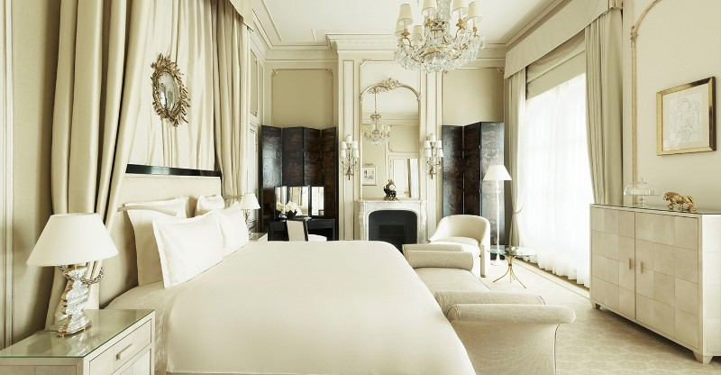Discover the Top 5 Luxury Suites in Paris luxury suites Discover the Top 5 Luxury Suites in Paris Discover The Top 5 Luxury Suites in Paris 11