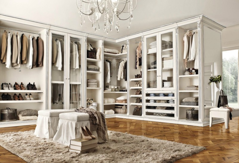 master bedroom 18 Luxury Closets For Luxurious Master Bedrooms feature 5 800x544
