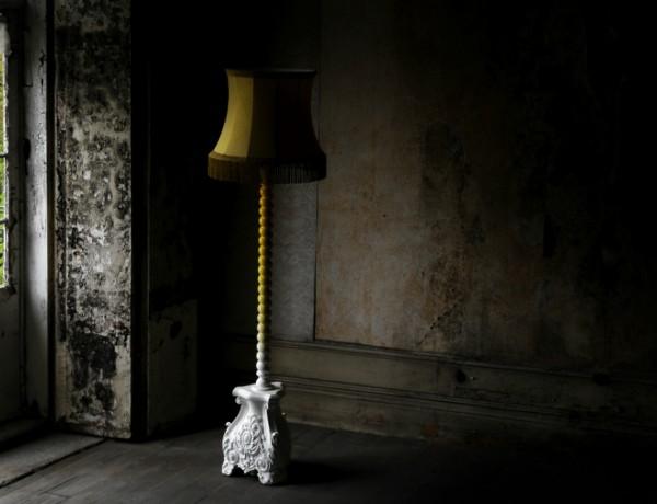 floor lamps Luxurious Floor Lamps for Good-Mood Master Bedroom Interiors skyscraper feauture by Boca do Lobo 600x460