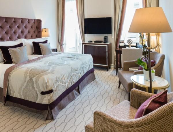 master bedroom trends Top Master Bedroom Trends by Brabbu Feature 3 600x460