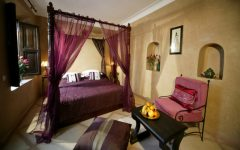 canopy beds 5 Breathtaking Canopy Beds for Stunning Bedrooms Feature 19 240x150
