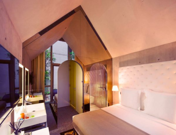 philippe starck Where to Stay – Philippe Starck Bedrooms for Hotel M Social Singapore feature 600x460