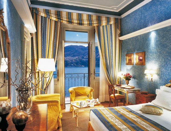 luxury hotel Top 10 Bedrooms of Italian Luxury Hotels Grand Hotel Tremezzo Lake Cuomo Italy 1 600x460