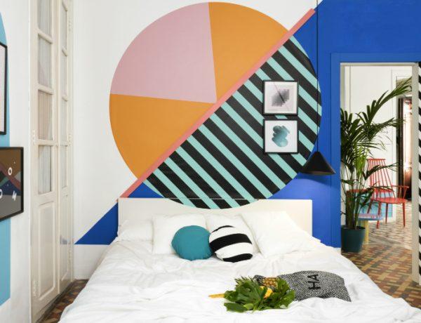 top interior designers Bedrooms by Top Interior Designers: Masquespacio 006 MasquespacioInteriorDesignHostelValencia Highres 1 600x460