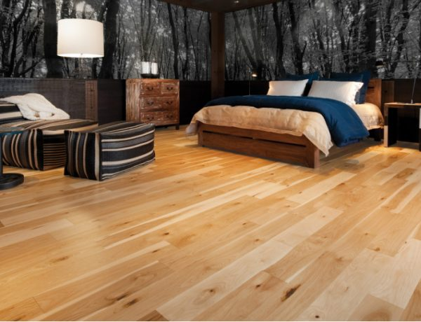 master bedroom Delightful Master Bedrooms with Hardwood Floors luxury master bedroom hardwood floor beautiful bedroom design masterbedroomideas 1 600x460