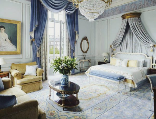 bedroom design Bedroom Designs by Top Interior Designers: Pierre-Yves Rochon Four Seasons George V Pierre Yves Rochon opulent luxury master bedroom ideas modern glamorous bedroom design 1 600x460