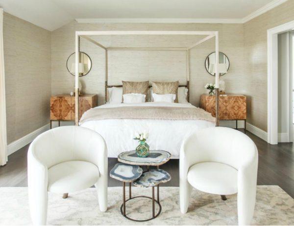 bedroom design Bedroom Designs by Top Interior Designers: Sasha Bikoff gorgeous bedroom ocean blue master bedroom design ideas modern bedroom decor 1 600x460