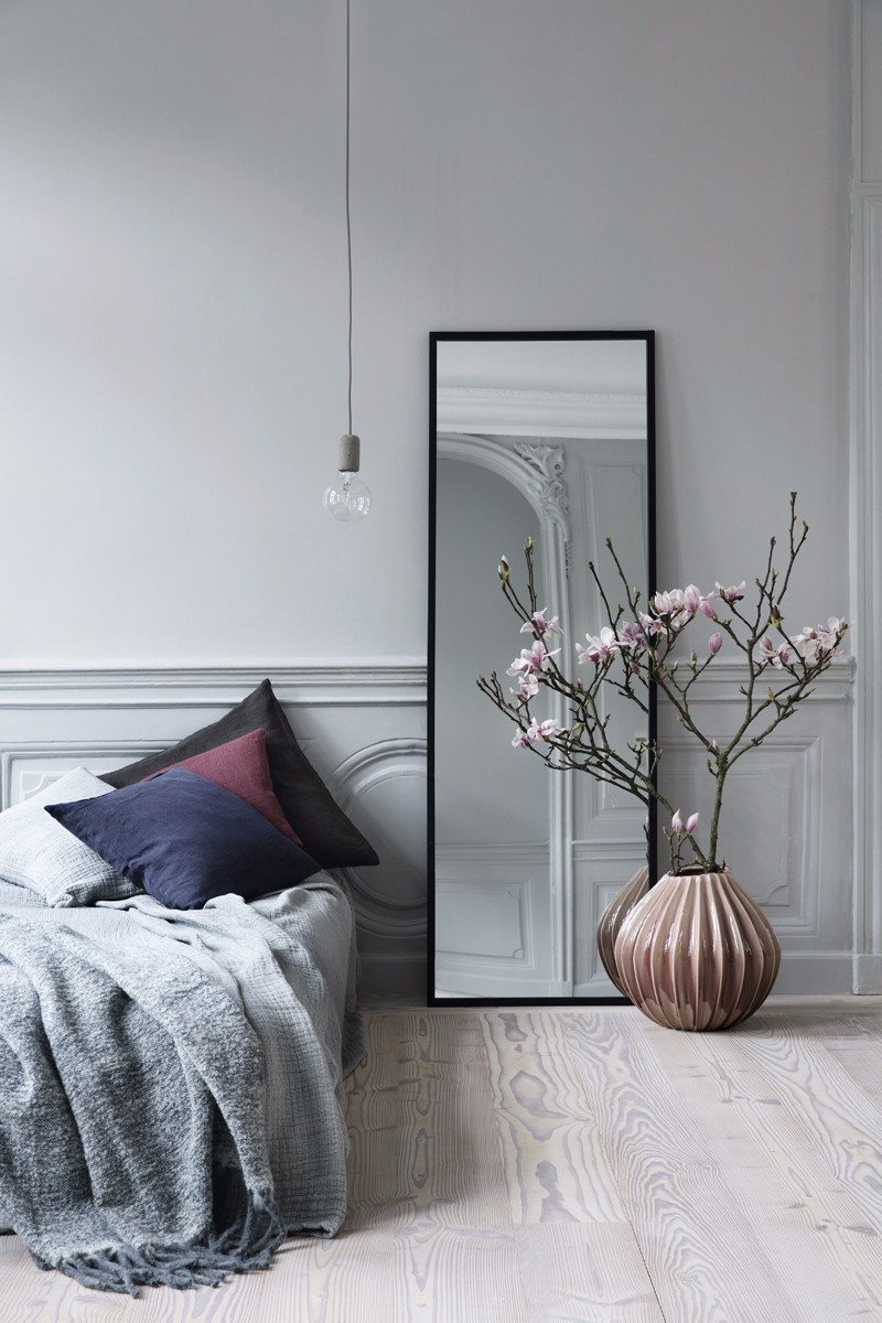 10 Ideas For Placing A Mirror Inside A Bedroom mirror inside a bedroom 10 Ideas For Placing A Mirror Inside A Bedroom Grey bedroom design with stunning square mirror bedroom inspiration ideas master bedroom design