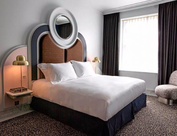 hotel room design Modern Hotel Room Design with Chzon henrietta hotel by chzon master bedroom ideas bedroom inspiration 2 600x460