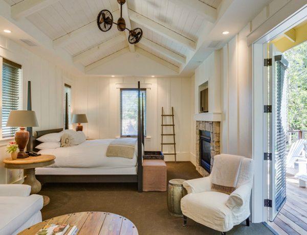 master bedroom ideas 10 Elegant Master Bedroom Ideas by Myra Hoefer Design featured 1 600x460