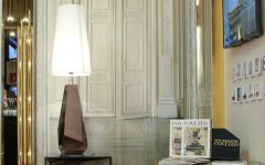 nightstand lamps Those Nightstand Lamps Are The Fine Touch Your Bedroom Needs iSaloni featured 240x150