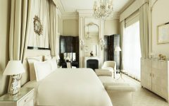 luxury suites Discover the Top 5 Luxury Suites in Paris Discover The Top 5 Luxury Suites in Paris featured 240x150