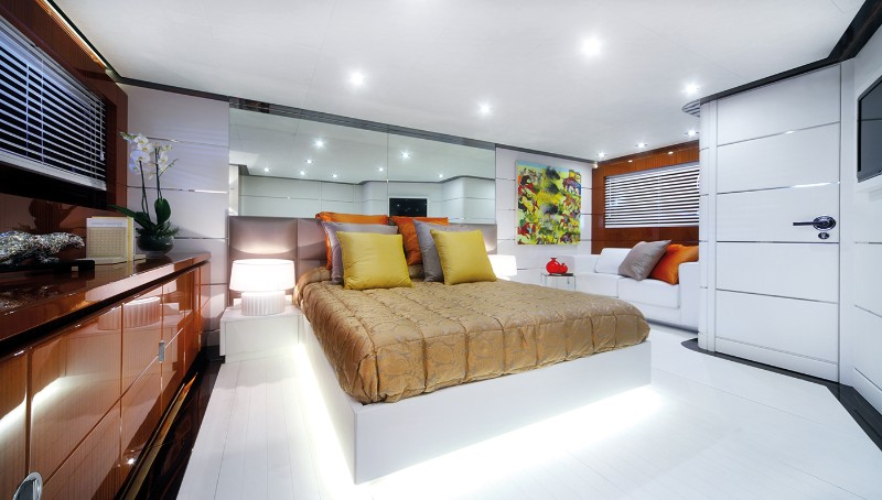 Master Bedroom Ideas For Your Luxury Yacht