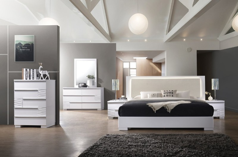 The Best 5 Ways To Adorn Your Bedroom With A Contemporary Design Contemporary Design The Best 5 Ways To Adorn Your Bedroom With A Contemporary Design The Best 5 Ways To Adorn Your Bedroom With A Contemporary Design 7