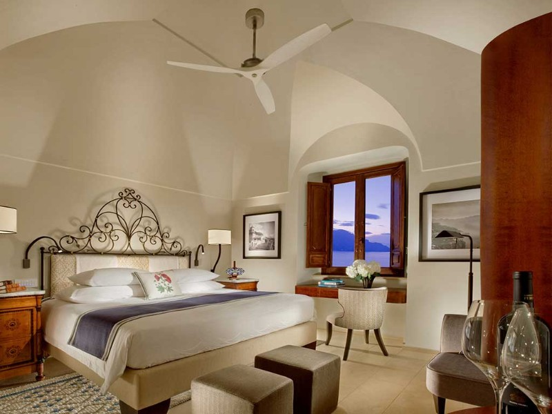10 Contemporary Bedroom Designs from Modern Hotels in Italy contemporary bedroom 10 Contemporary Bedroom Designs from Modern Hotels in Italy 10 Contemporary Bedroom Designs from Modern Hotels in Italy 4