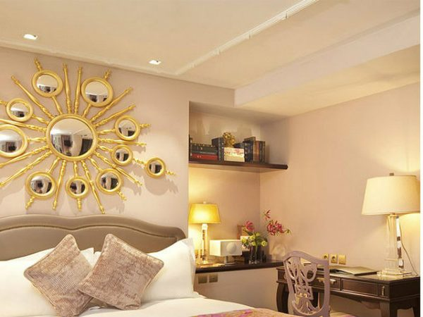 modern mirrors Modern Mirrors: Tips For Your Bedroom Decoration Modern Mirrors Tips For Your Bedroom Decoration 11 600x450