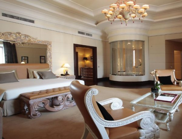 italy's hotels Luxury Bedrooms In Italy's Hotels featured 600x460
