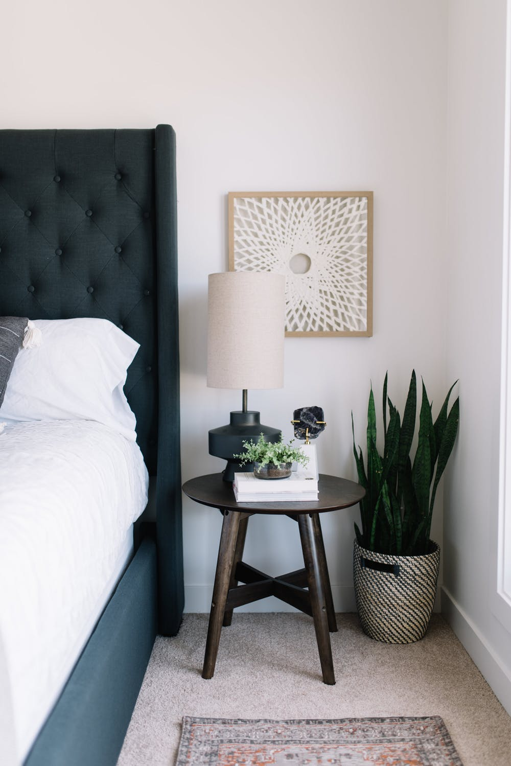 5 Modern Nightstands - Ideas For Your Bedroom Design modern nightstands 5 Modern Nightstands – Ideas For Your Bedroom Design 5 Modern Nightstands Improve your bedroom decor and organize the space 2